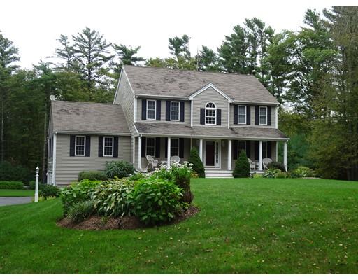 واحد منزل الأسرة للـ Sale في 41 Macomber Street 41 Macomber Street Berkley, Massachusetts 02779 United States