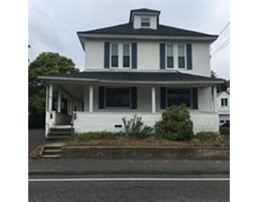 Maison unifamiliale pour l Vente à 956 Main Street 956 Main Street Clinton, Massachusetts 01510 États-Unis
