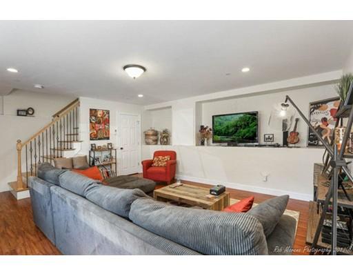 Maison accolée pour l à louer à 52 Franklin #3 52 Franklin #3 Somerville, Massachusetts 02145 États-Unis