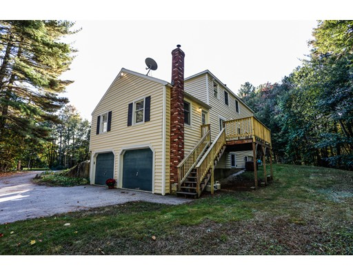 واحد منزل الأسرة للـ Sale في 6 Millbrook 6 Millbrook Brookline, New Hampshire 03033 United States