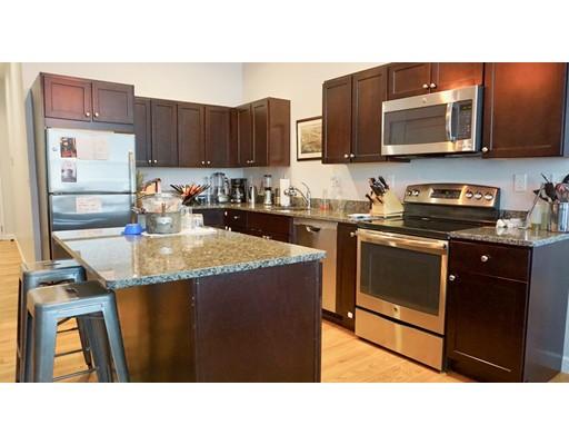 Appartement pour l à louer à 672 High street #1 672 High street #1 Westwood, Massachusetts 02090 États-Unis