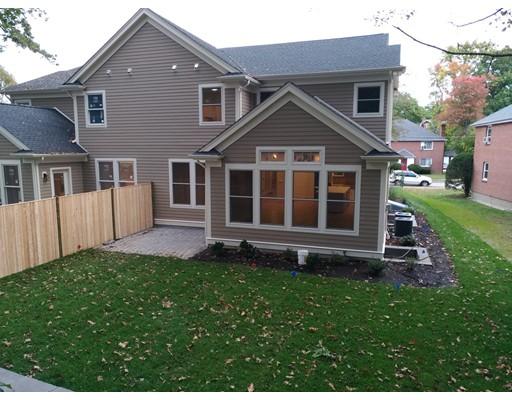 共管式独立产权公寓 为 销售 在 33 Westchester Rd #33 33 Westchester Rd #33 牛顿, 马萨诸塞州 02458 美国