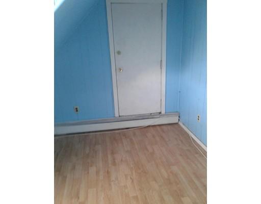 独户住宅 为 出租 在 164 Park Street 梅福德, 马萨诸塞州 02155 美国