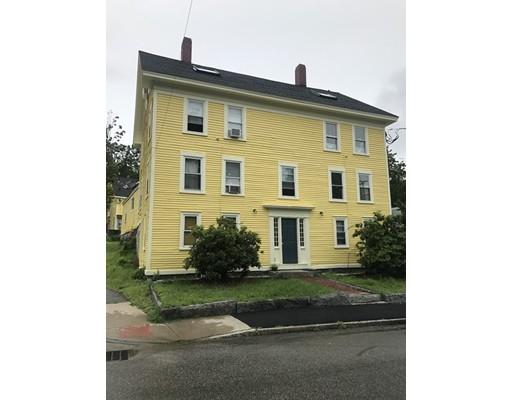 Maison avec plusieurs logements pour l Vente à 7 Water St & 5 Red Gate Lane 7 Water St & 5 Red Gate Lane Meredith, New Hampshire 03253 États-Unis