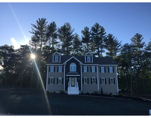 واحد منزل الأسرة للـ Sale في 14 HEMLOCK LANE 14 HEMLOCK LANE Billerica, Massachusetts 01821 United States