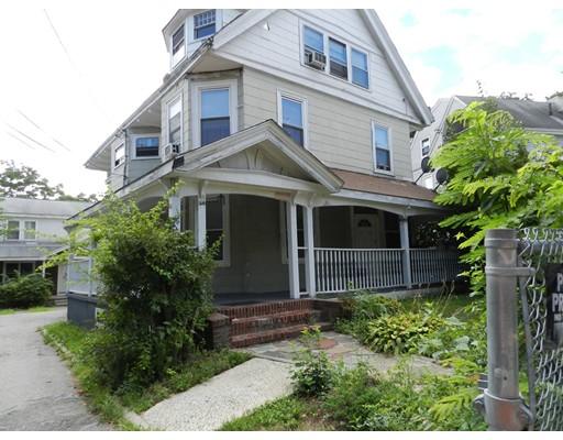 Vivienda multifamiliar por un Venta en 66 Streetanley Street 66 Streetanley Street Boston, Massachusetts 02125 Estados Unidos