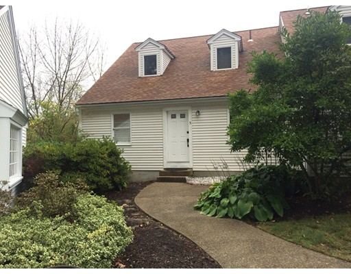 Single Family Home for Rent at 10 Church Street 10 Church Street Duxbury, Massachusetts 02332 United States
