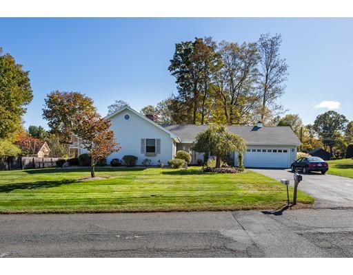Maison unifamiliale pour l Vente à 8 Robin Ridge Drive 8 Robin Ridge Drive Agawam, Massachusetts 01030 États-Unis