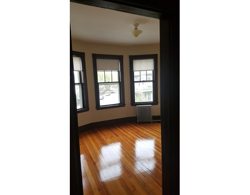 Additional photo for property listing at 147 Central  Somerville, Massachusetts 02145 United States
