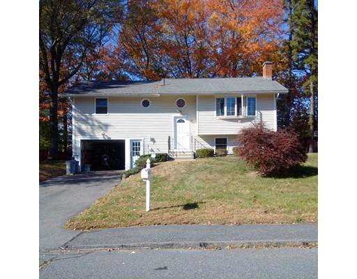 Maison unifamiliale pour l Vente à 19 Bowdoin Drive 19 Bowdoin Drive Milford, Massachusetts 01757 États-Unis