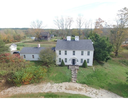 Casa Unifamiliar por un Venta en 50 Tower Hill Road 50 Tower Hill Road Brimfield, Massachusetts 01010 Estados Unidos