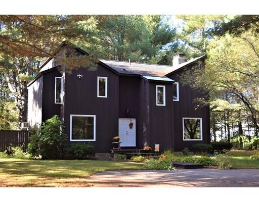 Maison unifamiliale pour l Vente à 641 Wheelwright Road 641 Wheelwright Road Barre, Massachusetts 01005 États-Unis