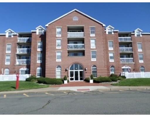 Appartement en copropriété pour l Vente à 160 Commandants Way 160 Commandants Way Chelsea, Massachusetts 02150 États-Unis