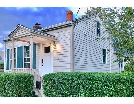 واحد منزل الأسرة للـ Sale في 5 Franklin Street 5 Franklin Street Dartmouth, Massachusetts 02748 United States