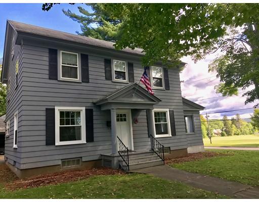 واحد منزل الأسرة للـ Sale في 71 Bishop Pkwy 71 Bishop Pkwy Pittsfield, Massachusetts 01201 United States