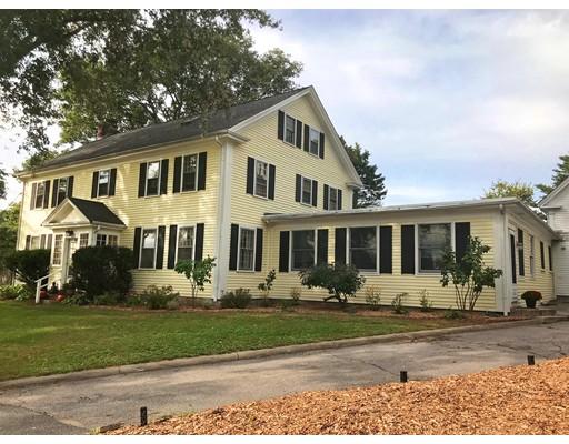 Частный односемейный дом для того Продажа на 4 School Street 4 School Street Pembroke, Массачусетс 02359 Соединенные Штаты