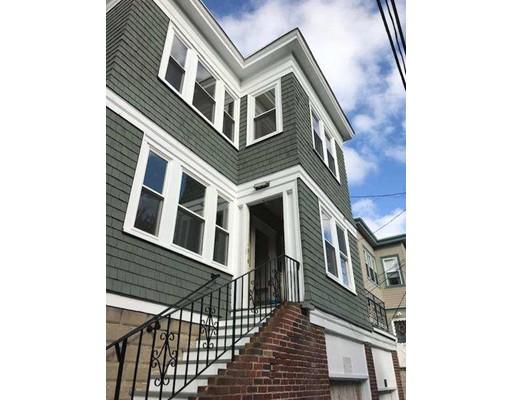 独户住宅 为 出租 在 168 Bellingham Street 切尔西, 马萨诸塞州 02150 美国
