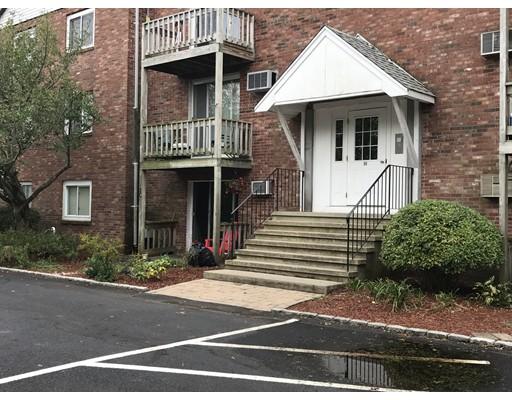 Appartement en copropriété pour l Vente à 90 Sandwich Road 90 Sandwich Road Bourne, Massachusetts 02532 États-Unis