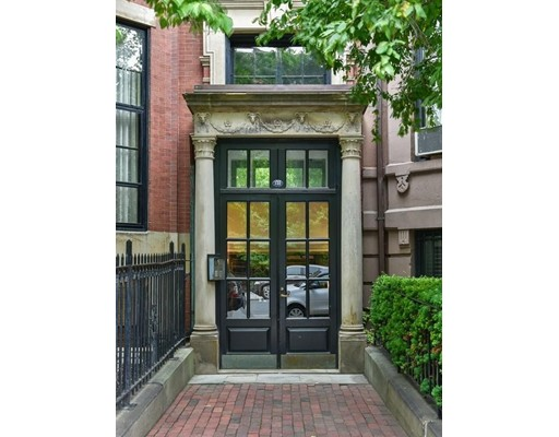 Single Family Home for Rent at 340 Beacon Street Boston, Massachusetts 02116 United States