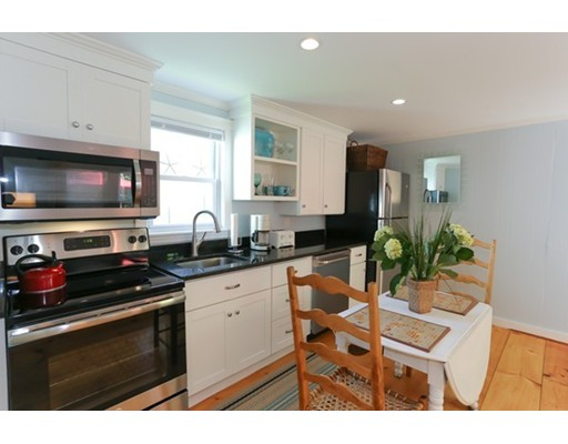 独户住宅 为 出租 在 6 King Street 6 King Street 罗克波特, 马萨诸塞州 01966 美国