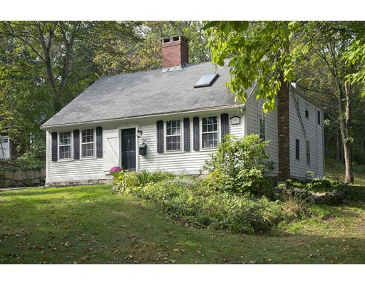 Single Family Home for Rent at 303 North Street 303 North Street Hingham, Massachusetts 02043 United States