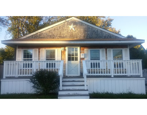 Single Family Home for Rent at 722 Pearce 722 Pearce Fall River, Massachusetts 02720 United States
