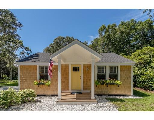 Maison unifamiliale pour l Vente à 92 Cottonwood Street 92 Cottonwood Street Fairhaven, Massachusetts 02719 États-Unis