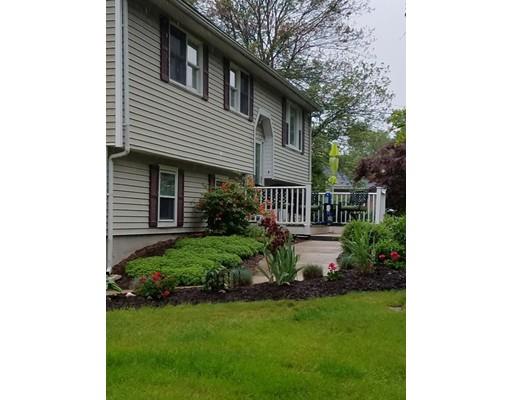 Maison unifamiliale pour l Vente à 125 Musquash Road 125 Musquash Road Hudson, New Hampshire 03051 États-Unis