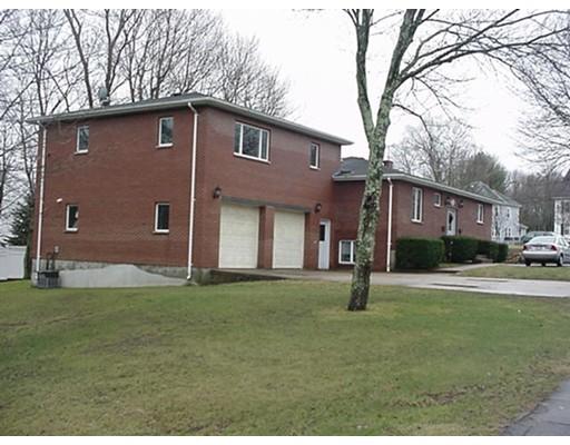 公寓 为 出租 在 7 High St #Upper 7 High St #Upper Bridgewater, 马萨诸塞州 02324 美国