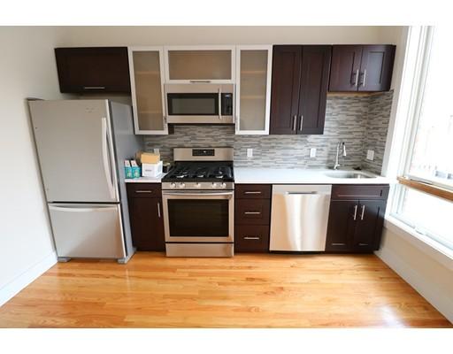 独户住宅 为 出租 在 471 West Broadway 波士顿, 马萨诸塞州 02127 美国