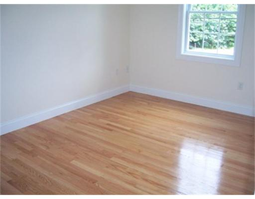 Additional photo for property listing at 1007 Mt Pleasant Street  New Bedford, Massachusetts 02745 Estados Unidos