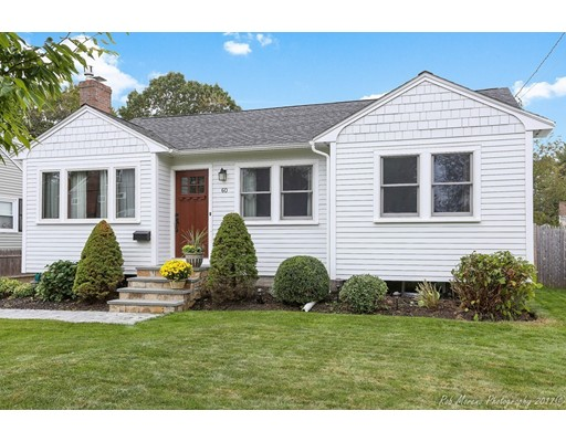 Casa Unifamiliar por un Venta en 60 Lakeshore Avenue 60 Lakeshore Avenue Beverly, Massachusetts 01915 Estados Unidos
