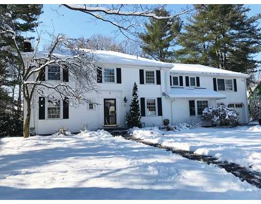 Single Family Home for Sale at 7 Lehigh Road 7 Lehigh Road Wellesley, Massachusetts 02482 United States