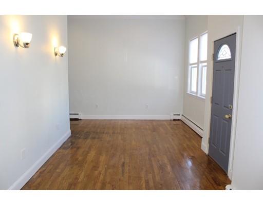 独户住宅 为 出租 在 31 O Street 波士顿, 马萨诸塞州 02127 美国