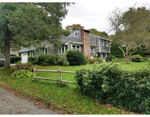 Частный односемейный дом для того Аренда на 6 Kerwin Avenue 6 Kerwin Avenue Mattapoisett, Массачусетс 02739 Соединенные Штаты