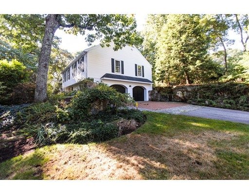 Single Family Home for Sale at 15 Falmouth Circle Wellesley, Massachusetts 02481 United States