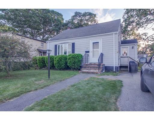 Casa Unifamiliar por un Venta en 73 Beech Street 73 Beech Street Dedham, Massachusetts 02026 Estados Unidos