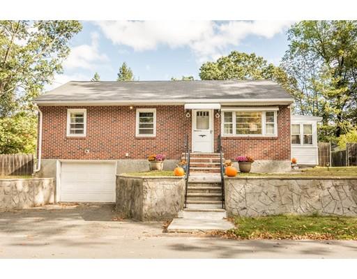 Casa Unifamiliar por un Venta en 114 Belrose Avenue 114 Belrose Avenue Lowell, Massachusetts 01852 Estados Unidos