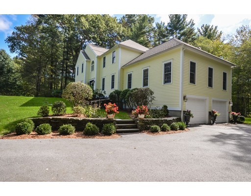 Single Family Home for Sale at 70 SHIRLEY ROAD 70 SHIRLEY ROAD Raynham, Massachusetts 02767 United States