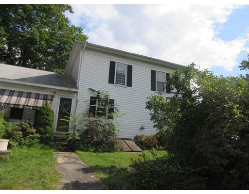 Maison unifamiliale pour l Vente à 28 Ascension Street 28 Ascension Street Blackstone, Massachusetts 01504 États-Unis