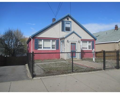 独户住宅 为 销售 在 550 Beach Street 550 Beach Street Revere, 马萨诸塞州 02151 美国