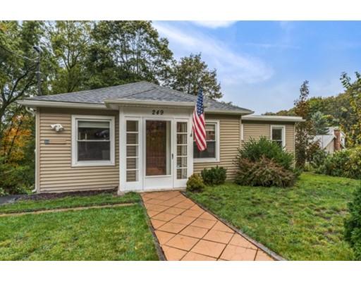 واحد منزل الأسرة للـ Sale في 249 MAPLE Street 249 MAPLE Street Danvers, Massachusetts 01923 United States