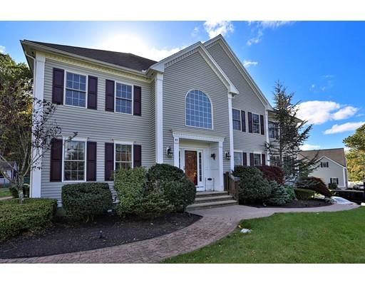 Maison unifamiliale pour l Vente à 55 Locust Street 55 Locust Street Middleton, Massachusetts 01949 États-Unis