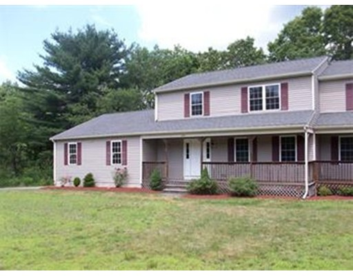 Additional photo for property listing at 246 Elm Street  Blackstone, Massachusetts 01504 United States