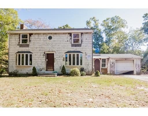 Частный односемейный дом для того Продажа на 401 Holmes Street 401 Holmes Street Halifax, Массачусетс 02338 Соединенные Штаты