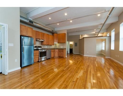 Appartement en copropriété pour l Vente à 960 Broadway 960 Broadway Chelsea, Massachusetts 02150 États-Unis