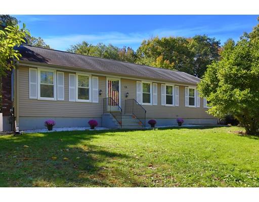 独户住宅 为 销售 在 13 Ash Street 13 Ash Street Amesbury, 马萨诸塞州 01913 美国