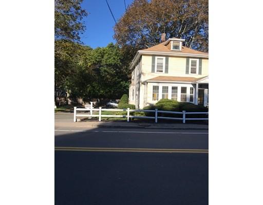Casa Unifamiliar por un Venta en 359 Bridge Street 359 Bridge Street Dedham, Massachusetts 02026 Estados Unidos