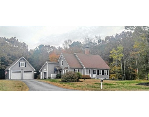 Single Family Home for Sale at 42 Southview Lane 42 Southview Lane Alton, New Hampshire 03810 United States