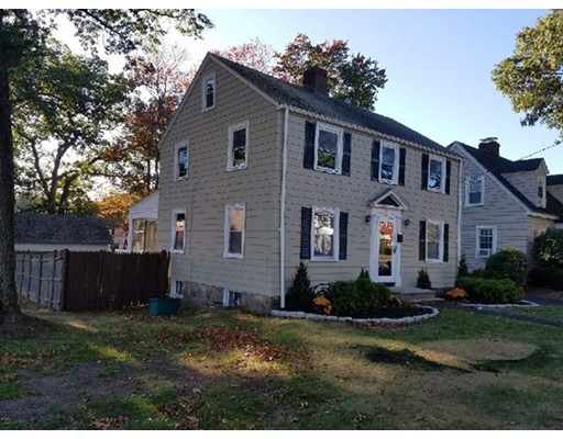 Single Family Home for Sale at 520 Lynnfield Street 520 Lynnfield Street Lynn, Massachusetts 01904 United States